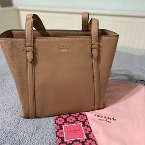 Kate Spade- Large pebble leather bag